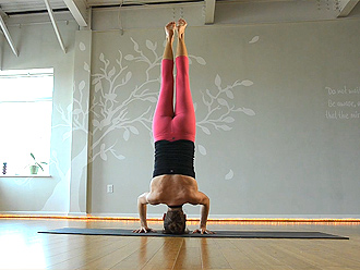 Hot yoga girl in pink yoga pants