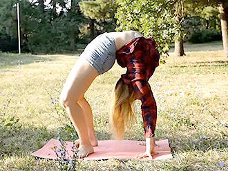 Sexy yoga video with hot gymnast Karina
