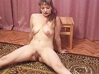 Chubby amateur girl does nude yoga at home
