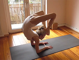 Sexy Ashtanga yoga