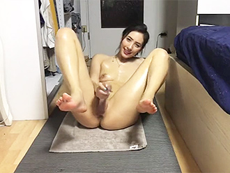 Nude yoga in webcam porn video