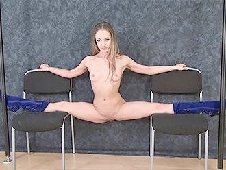 Hot nude yoga split on 2 chairs