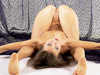 Hot nude yoga with the naked contortionist