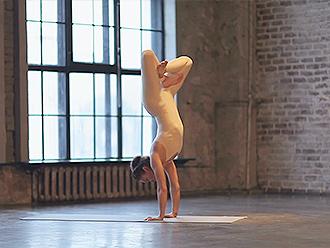 Sexy yoga dance video