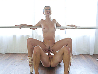 Ballet sex video with flexible girl