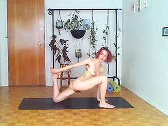 Nude yoga livestream from skinny girl apartment
