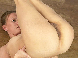 Nude ballet dancer will show you yoga porn