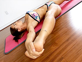 Sexy flexible MILF does bikini yoga for you