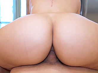Your yoga porn dream with Valentina Jewels big ass nude yoga MILF