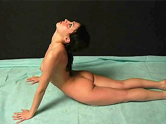 Flexible naked girl with a super sexy body like all sports porn stars have show nude yoga warm-up