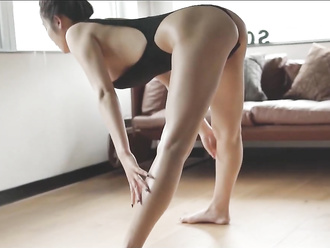 Japanese yoga babe in sexy bodysuit will make you horny with her naked yoga